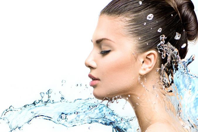 Oczyszczanie i ochrona skóry mocą aktywnego wodoru